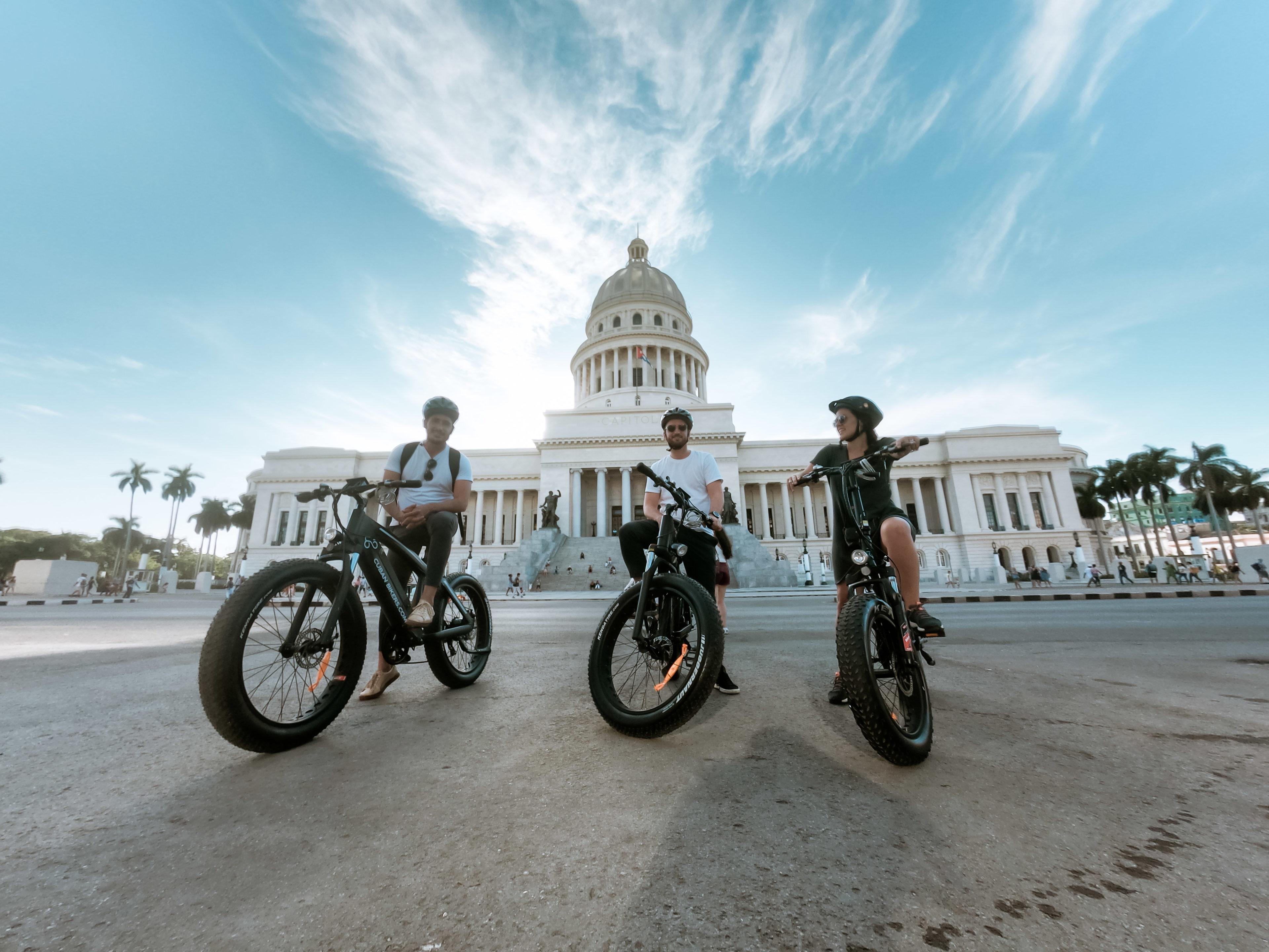 Begebt Euch auf eine Stadttour durch Havanna mit dem E-Bike