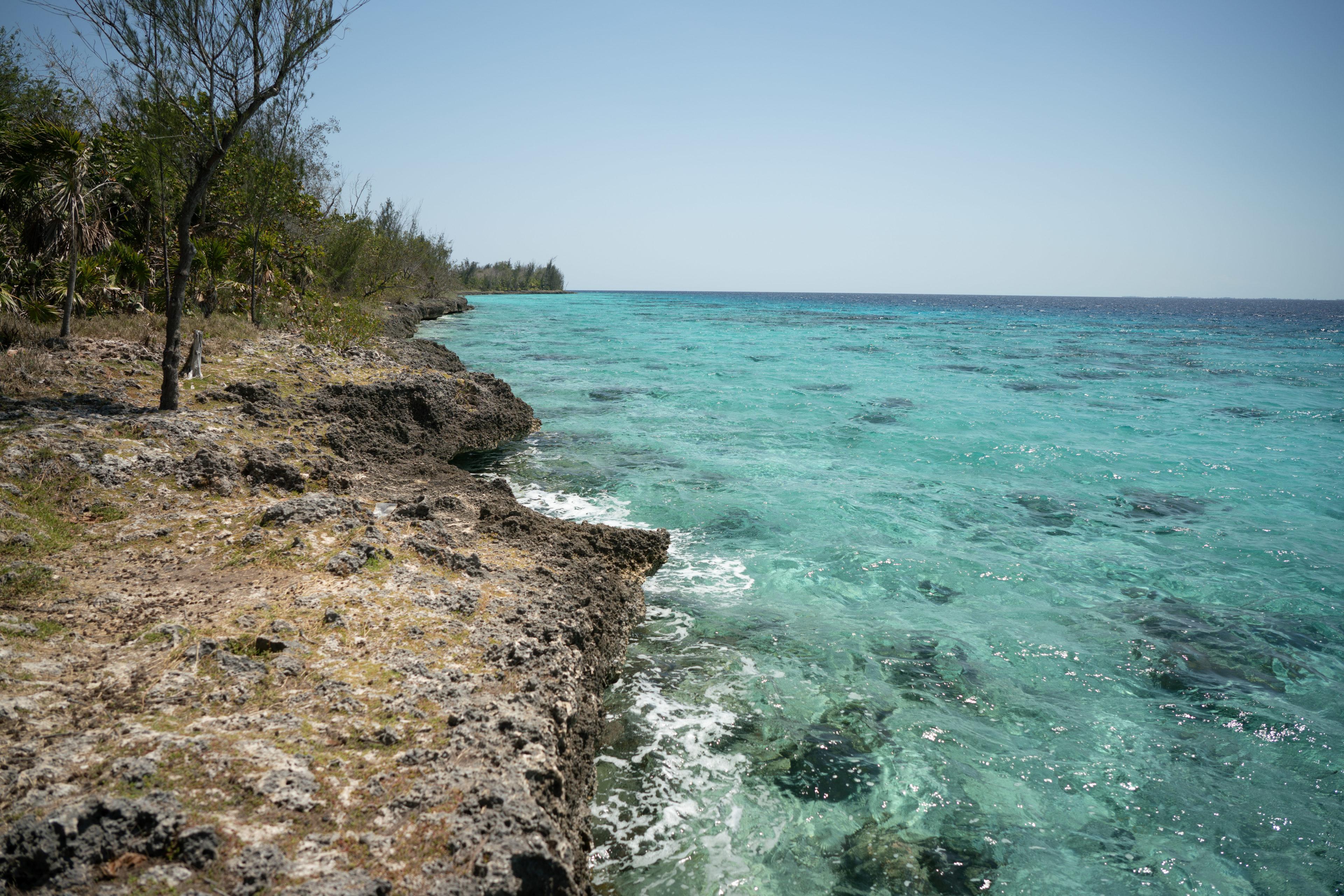 Türkisfarbenes Meer in der Karibik
