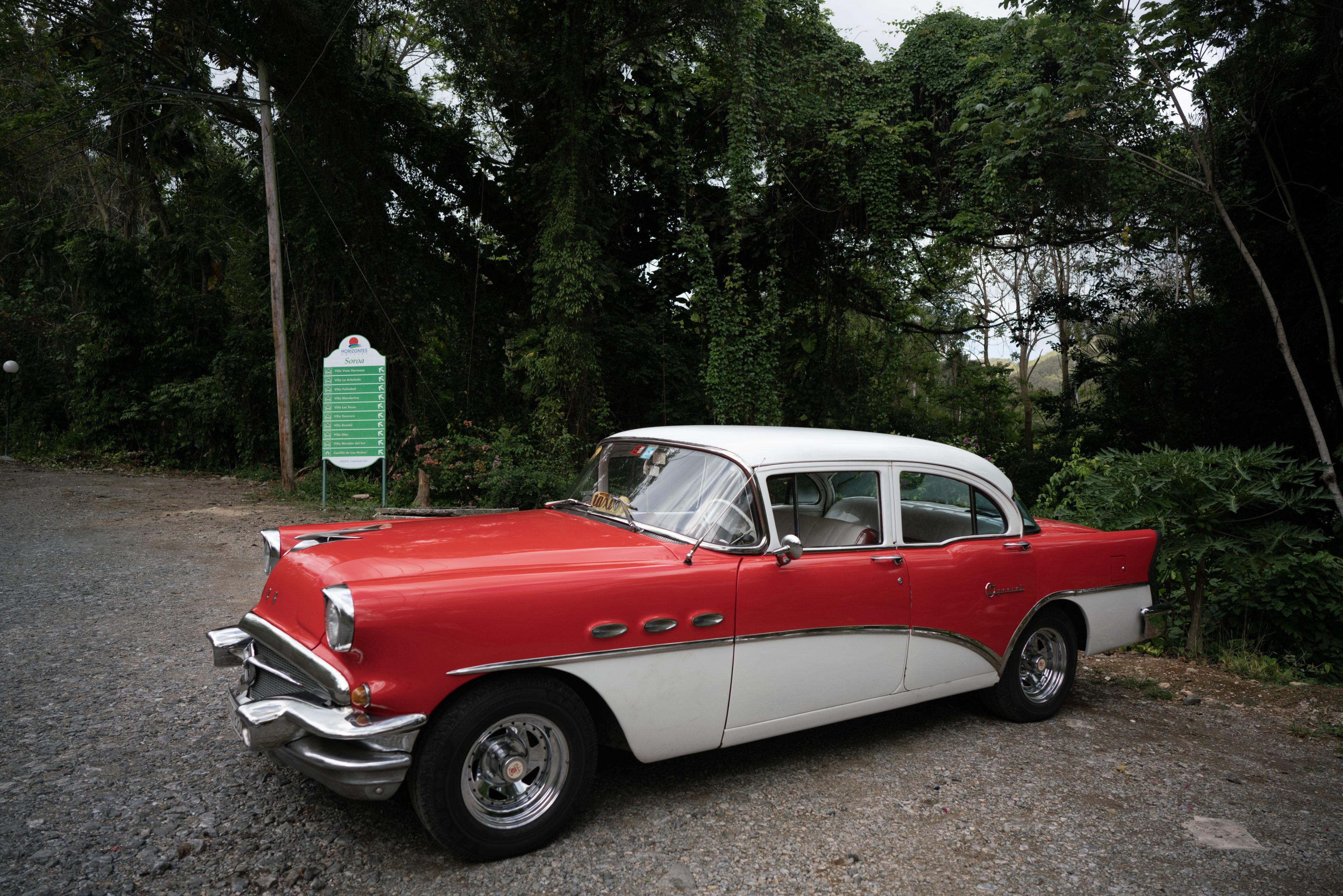 Oldtimer von Wald in Kuba