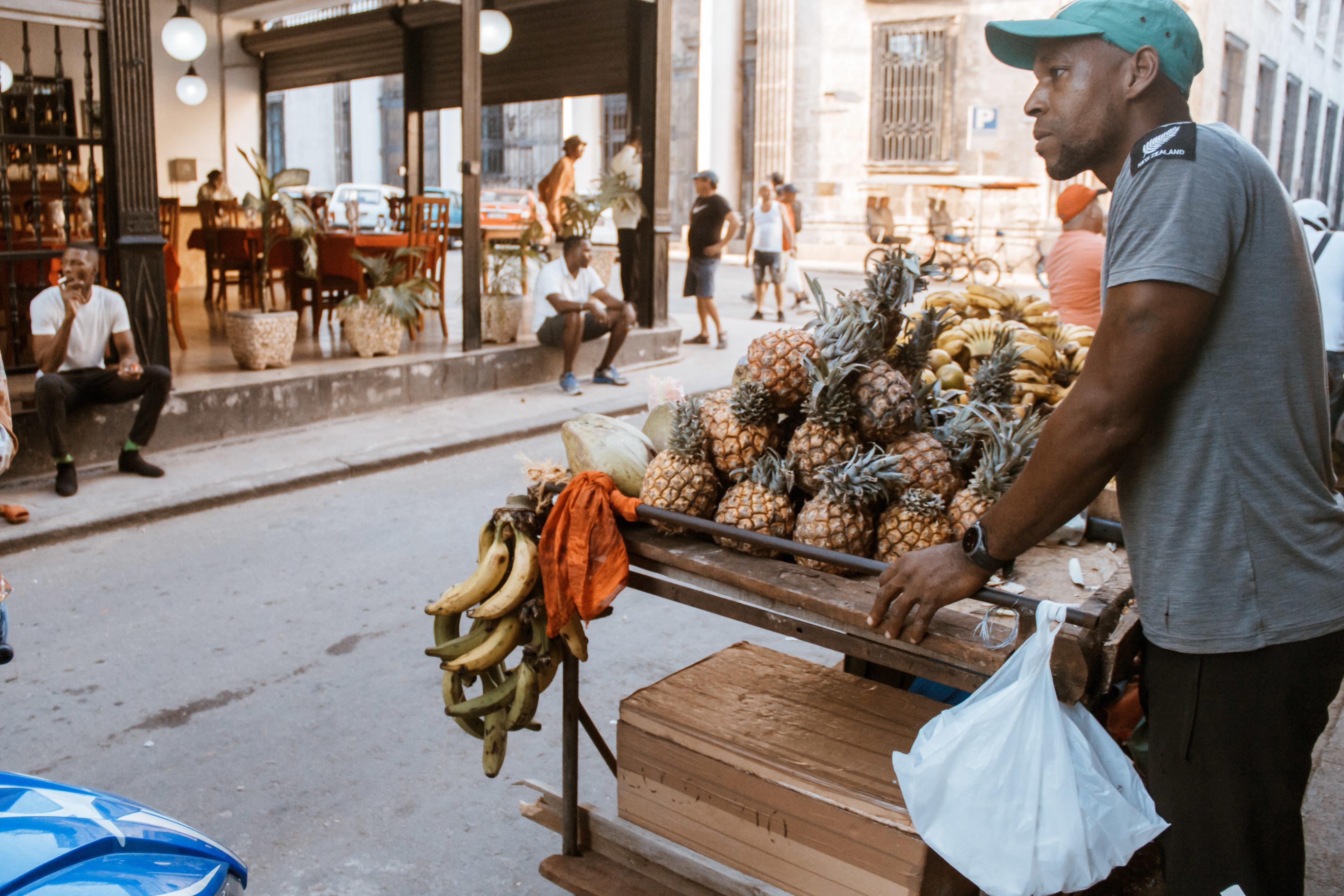 Obststand in Kuba