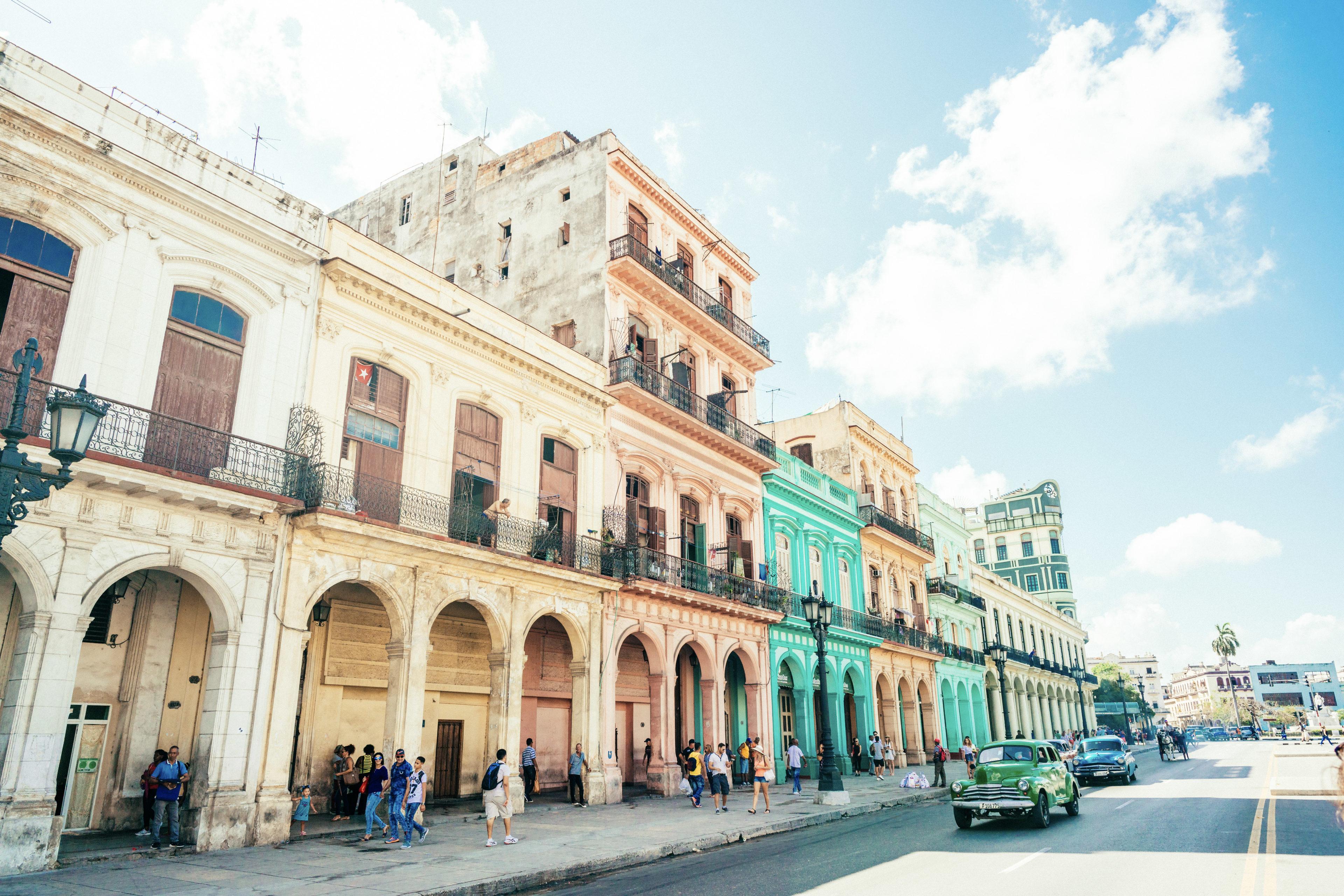 Häuserfront in Habana Vieja